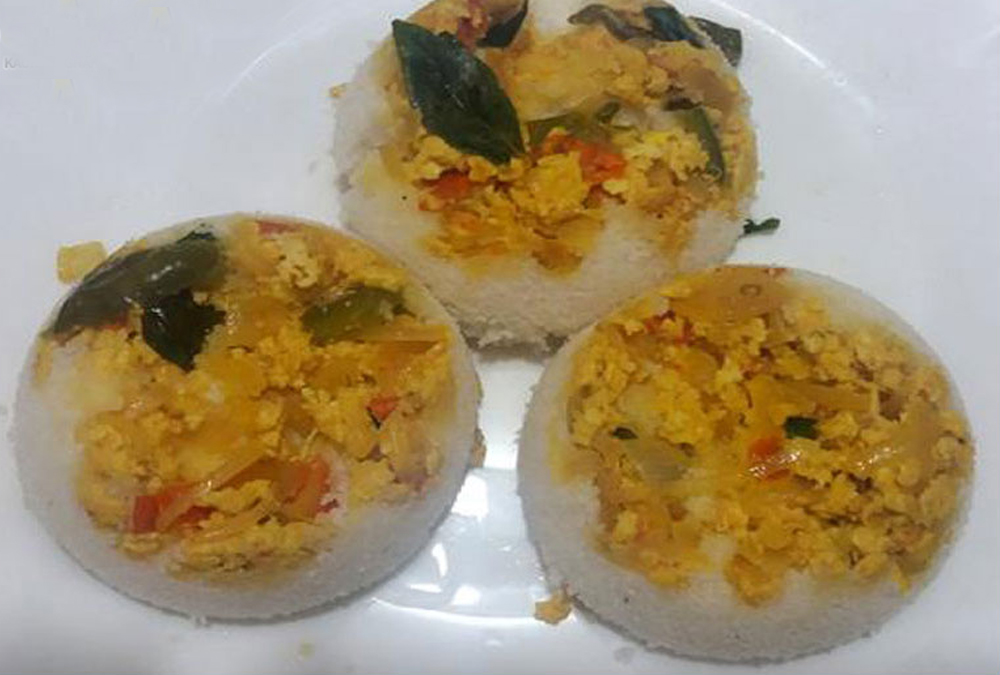 Scrambled Egg Puttu
